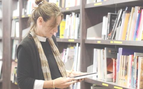 Play Ecrire un livre quand on est blogueuse (avec les éditions Eyrolles)