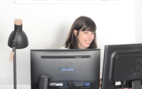 Play Dans les coulisses d'une agence com' – relations blogs-marques