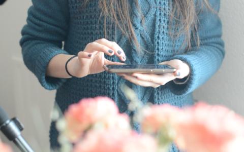 Play Bloguer quand on est timide avec Mélanie – La Faim est proche