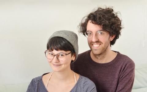 Play Travailler en couple avec Objet Fétiche